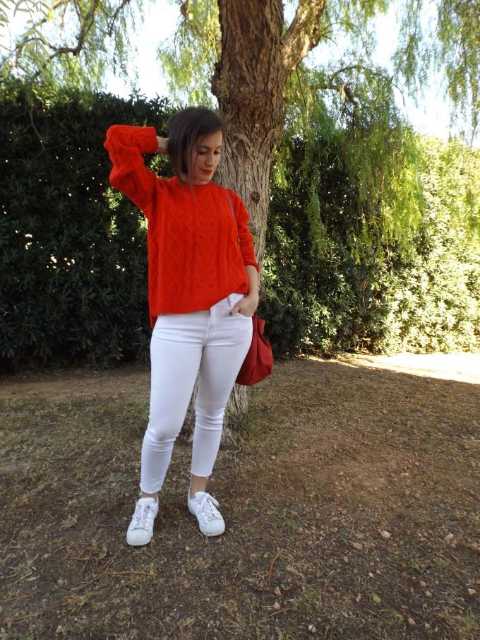 look-suéter-rojo